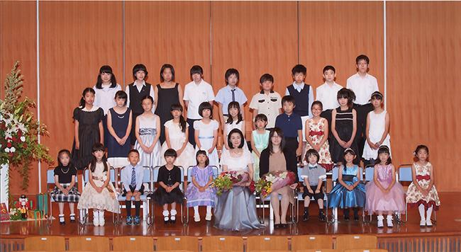 ピアノ教室ワタナベ 発表会集合写真